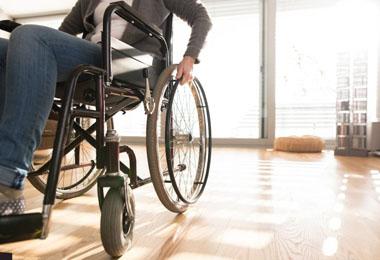 ویلچر و صندلی چرخدار (1)