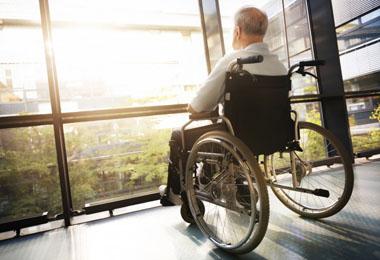 ویلچر و صندلی چرخدار (2)