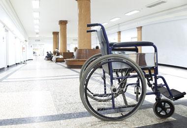 ویلچر و صندلی چرخدار (3)